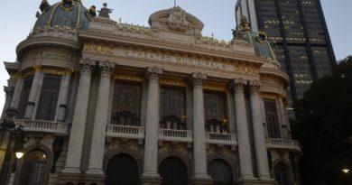 Rio: Theatro Municipal completa 110 anos com programação especial